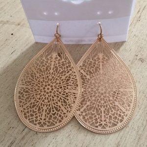 Lightweight gold dangle hook earrings